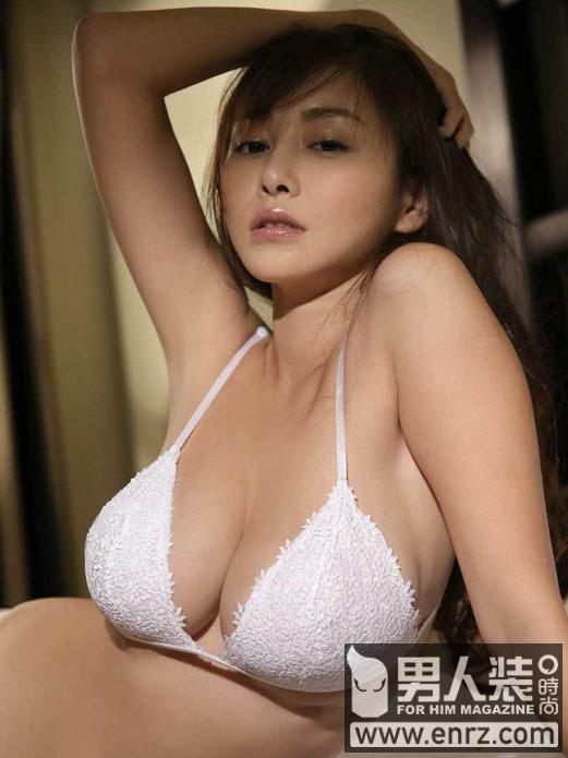 日本巨乳美女杉原杏璃的曼妙身姿