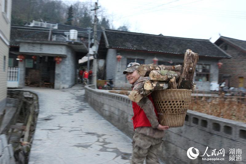 农村交通大变2014年中国作家