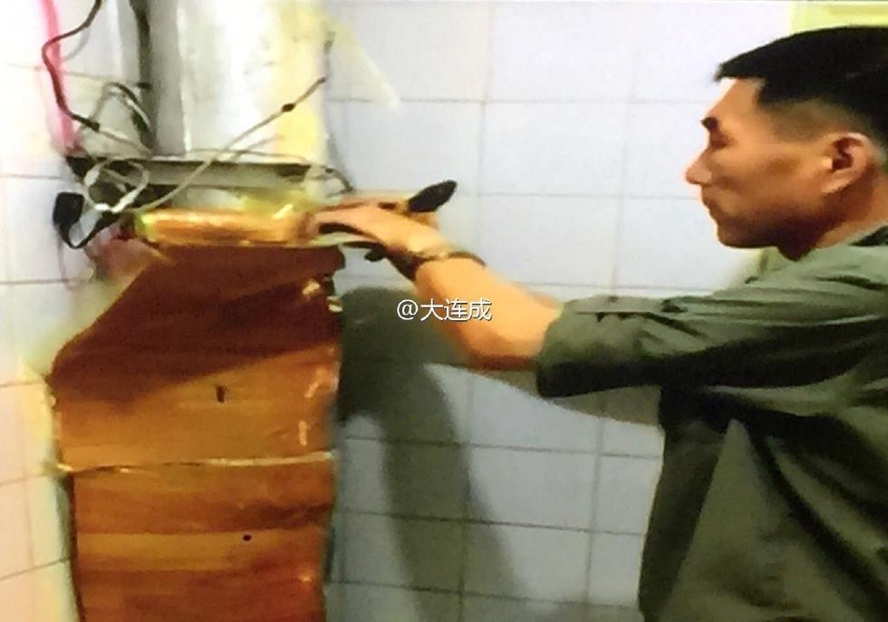 南京一出租屋藏7处摄像头偷拍女租客洗澡和大连扁平疣名医高中图片