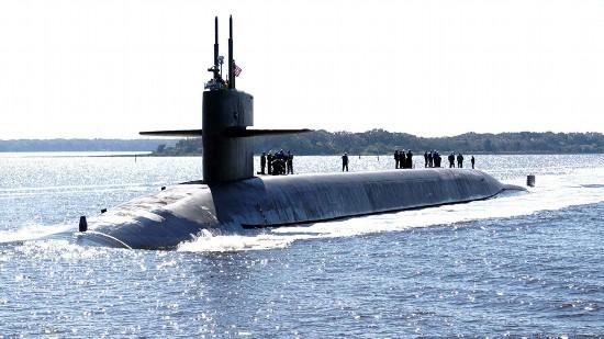 一天亮出两款大杀器!美海空军同时发射洲际导弹