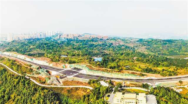重慶自貿試驗區蔡家區域主干道主體完工